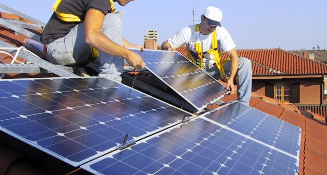 Le spese per l'installazione di impianti fotovoltaici godono della detrazione ristrutturazione edilizia che fino al 1 luglio 2013 è innalzata al 50%
