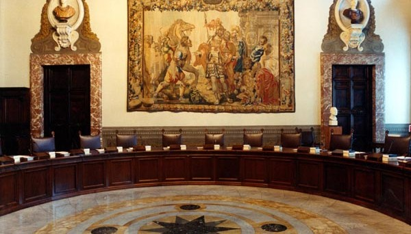 Il Consiglio dei Ministri approva il decreto che rinvia il pagamento Imu per la prima casa e immobili rurali a settembre. Rifinanziata la CIG in deroga