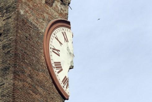 Terremoto Emilia news. Versamento tasse sospese riprenderà il 16 dicembre prossimo, come previsto nella bozza del decreto sugli enti locali
