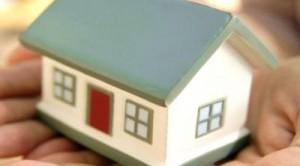 Necessario per godere del bonus arredamento, la detrazione 50% per l'acquisto di mobili con cui arredare la casa oggetto di lavori di ristrutturazione, è pagare con bonifico bancario o postale