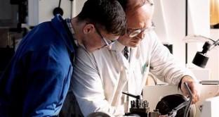 Apprendisti assunti dalle imprese  e dagli studi professionali grazie ad un contributo massimo di 5.500 euro previsto dal programma Amva