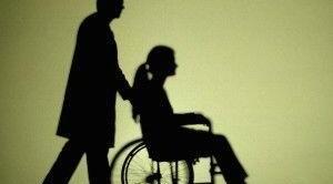Dopo una sentenza della Corte costituzionale, viene esteso il riconoscimento del congedo straordinario Inps per l'assistenza di soggetti disabili anche al parente o affine entro il terzo grado, purchè convivente