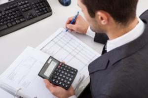 Quali regole valgono per il 730 Precompilato presentato con delega al professionista abilitato? Quale tutela offre il visto di conformità del Caf al contribuente?