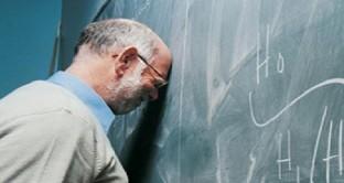 Calcolo contributi pensione statali e docenti: quanto pesa la mancanza di arrotondamento