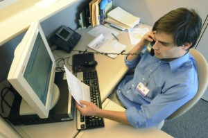 Il lavoro accessorio è una particolare tipologia di contratto di lavoro subordinato per prestazioni occasionali nata con l'intento di favorire l'emersione di particolari sacche occupazionali che sfuggivano all'imposizione fiscale e contributiva,