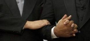 Tra le misure al vaglio per la riforma delle pensioni c'è la proposta di introdurre il diritto di reversibilità per le coppie gay