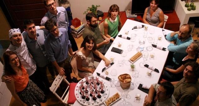 E' la moda imprenditoriale del momento: aprire un ristorante in casa. Come funzionano gli home restaurant nel mondo e quali prospettive di guadagno danno in Italia