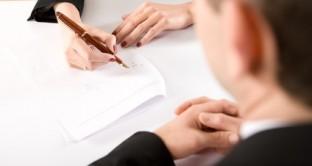 Con il Dlgs in attesa del parere delle Commissioni a partire dal 1 gennaio 2016 tutti i contratti atipici avranno l'obbligo di essere trasformati in contratti di lavoro a tempo indeterminato. Ecco i vantaggi per il datore di lavoro.