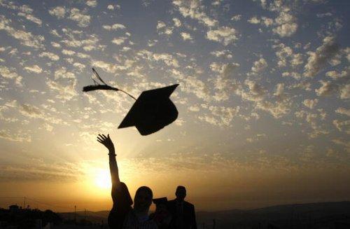 Riscatto laurea gratis: ecco per chi e quanto si risparmierebbe. La riforma pensioni entra nella fase 2 dedicata ai giovani contribuenti