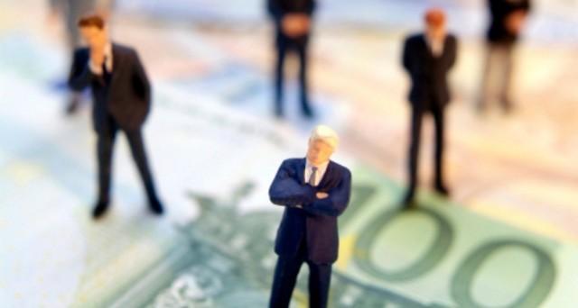 Quando una busta paga percepita da un'azienda pubblica o privata può coesistere con i redditi da lavoro autonomo e con la Partita IVA?