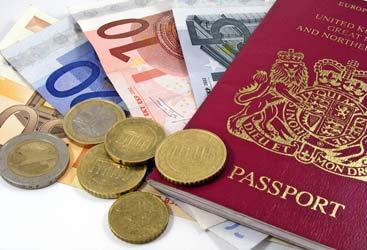 Cosa prevede la legge italiana per i redditi all'estero: cosa sapere sul credito d'imposta per evitare la doppia tassazione sui guadagni e non commettere evasione fiscale