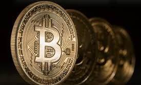 Bitcoin: i paradisi fiscali diventano virtuali? Allo studio riforma sulle tasse per la moneta fittizia