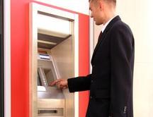 Vita dura per i titolari di partite Iva, se entrerà in vigore la norma sui prelievi al bancomat non giustificati, multe dal 10 al 50% dell'importo prelevato.