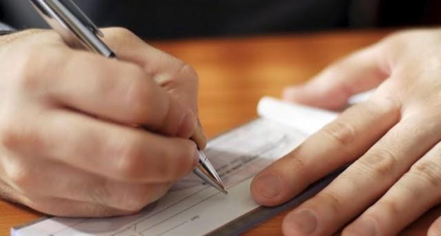 Cosa bisogna sapere per la compilazione di un assegno? Gli assegni scoperti e postdatati sono ammessi? Ecco una guida completa a questo strumento di pagamento