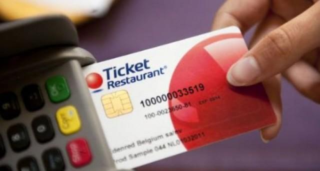 Buoni pasto non pagati: rischio cancellazione per gli statali. Stimata perdita mensile di 140 euro per ogni dipendente che ne usufruisce.