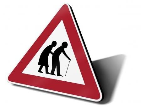 Età pensionabile: interrogazione sull'adeguamento della soglia all'aspettativa di vita e possibili sviluppi del sistema previdenziale