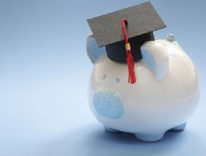 Riscatto della laurea gratis: ecco due cose che non dicono. Non è per tutti e non incide per tutte le facoltà e le pensioni allo stesso modo.