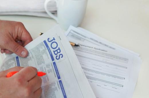 Con indennità di mobilità si indica una prestazione di disoccupazione che viene riconosciuta ai lavoratori che abbiano perduto il posto di lavoro, a seguito di licenziamento, e che risultino iscritti nelle liste di mobilità.