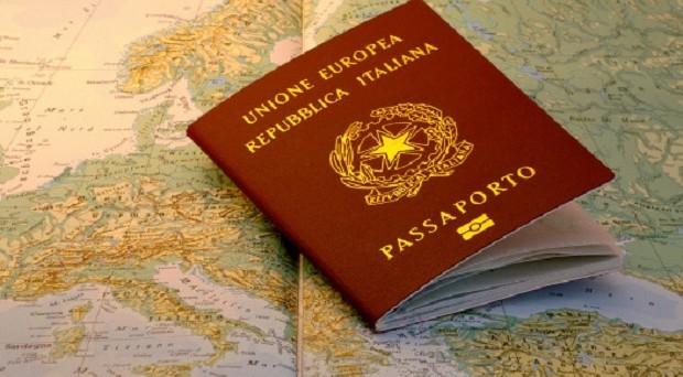 Il Passaport Index ci dice quale passaporto conviene fare per viaggiare e lavorare all'estero: ecco dove si colloca quello italiano