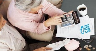 L'Inps ha fatto chiarezza sulle domande per l'opzione donna inviate nel 2016 qualora i requisiti siano già maturati alla scadenza