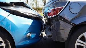 Come tutelarsi se capita di fare un incidente auto con una macchina senza assicurazione?