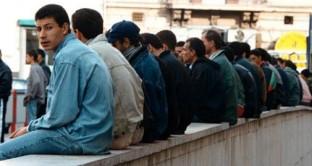 Saranno gli immigrati stranieri a salvare le nostre pensioni? Ecco il dossier degli economisti destinato ad alimentare le polemiche