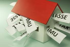 Ici/Imu, tassa rifiuti, tasse per acquisto prima casa o affitto. Tasse sulla casa senza fine e l'abitazione è il bene più tartassato di sempre