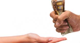 In quali casi si può richiedere un rimborso su tasse e imposte e quali sono i termini entro cui presentare domanda?