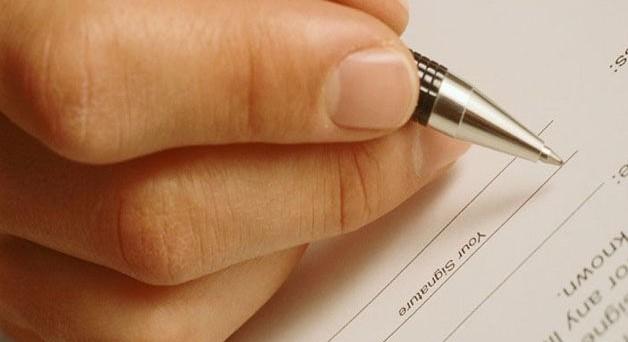 Come scrivere una lettera di dimissioni: frasi da mettere ed errori da evitare