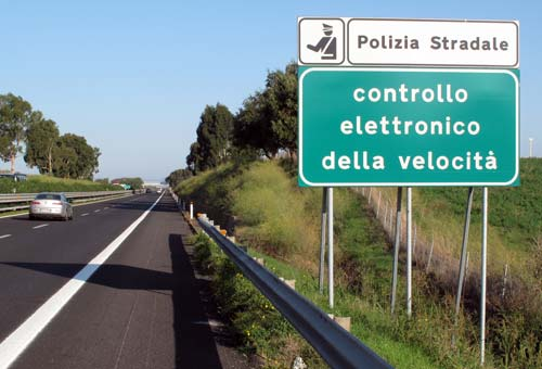 Guida al ricorso di multa autovelox: la comunicazione dei dati del conducente per la decurtazione punti va fatta lo stesso?
