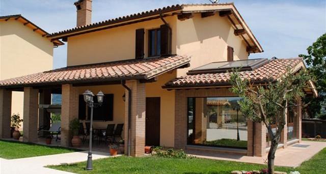 Arriva la retromarcia di Rernzi sull'esenzione IMU per le abitazioni signorili.