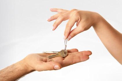 Cosa è il contratto di comodato e quando è possibile usarlo? E' necessaria la registrazione?