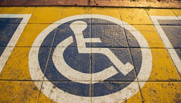 Disabili, oltre l'acquisto dell'auto quali spese possono essere detratte e in quale misura? Vediamo insieme le spese che si possno portare in detrazione.