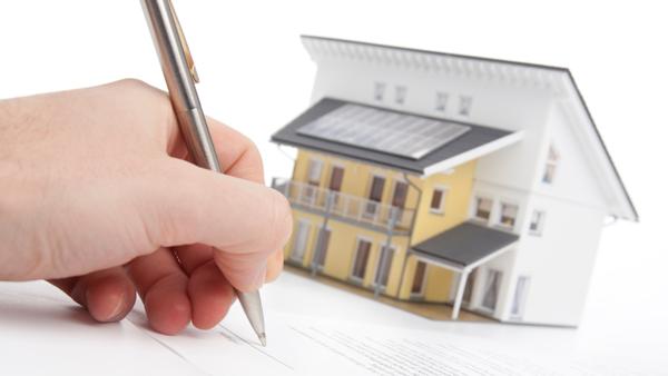 Come si registra il contratto di comodato d'uso gratuito per genitori e figli e quanto bisogna pagare per la registrazione?