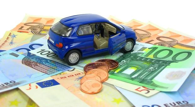 Questo mese la rottamazione dell'usato Fiat per chi compra una nuova macchina con finanziamento regala 2 mila euro di incentivo. Ecco come approfittarne