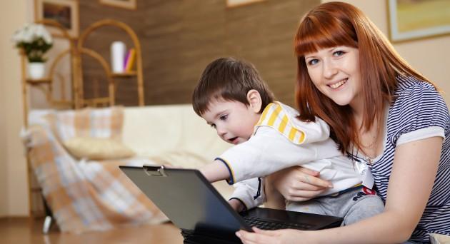 Le donne che lavorano hanno difficoltà a far decollare la propria carriera a causa del tempo destinato alla cura dei figli e della famiglia: ecco cosa vorrebbero le donne lavoratrici.