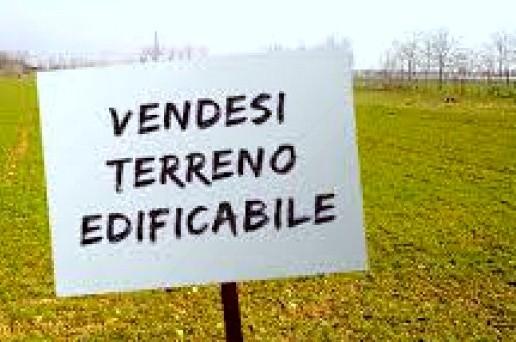 Dal punto di vista fiscale cosa si deve pagare relativamente alle plusvalenze alla cessione di terreni edificabili?