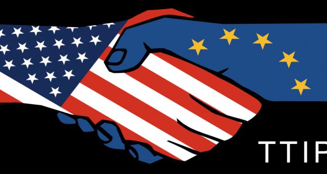 Il trattato di liberalizzazione commerciale transatlantico tra Europa e Stati Uniti, il TTIP, mira ad eliminare tutte la barriere non tariffarie, come dazi e dogane, per rendere più fluida la commercializzazione tra i due continenti.