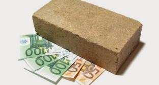 Nei contratti di locazione all'inquilino che versa il deposito cauzionale alla sua restituzione andranno corrisposti anche gli interessi maturati dalla somma in questione.