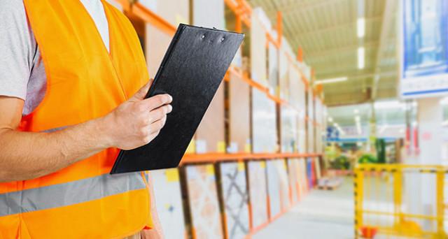 Sicurezza sul posto di lavoro, è sempre responsabile il datore di lavoro? Quali sono le misure protettive adottate? A risolvere i dubbi  la sentenza della Cassazione.