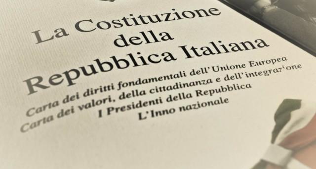 Ci sono articoli della Costituzione che non potranno mai essere oggetto di modifiche neanche attraverso un referendum costituzionale: vediamo quali sono.