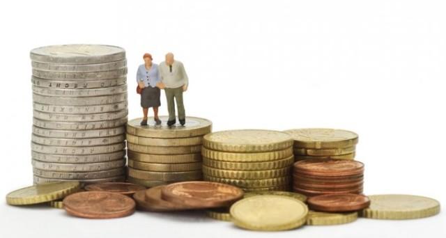 Sul lavoro restano ancora tante differenze ma dal 2018 l'età della pensione diventa la stessa tra uomini e donne? Ecco cosa cambia per le lavoratrici del settore pubblico e privato.