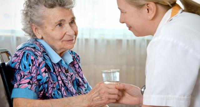 Se si è in cerca di un badante o viceversa si vuole offrire lavoro come badante, esiste l'Albo badante presso ogni Comune. E' un servizio che viene offerto ad anziani e famiglie.