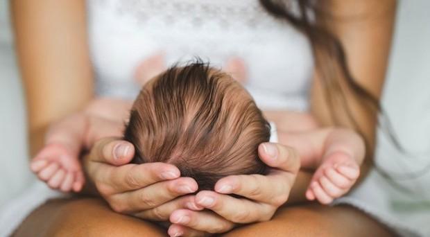 Ci siamo finti una donna incinta e abbiamo chiesto all'Inps info sul bonus mamma domani 2017: da quando sarà possibile fare domanda e quando arriveranno gli 800 euro?