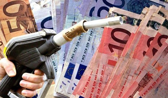 Prezzi benzina alle stelle: si ripercuoteranno sull'intera economia riducendo il potere di acquisto degli italiani.