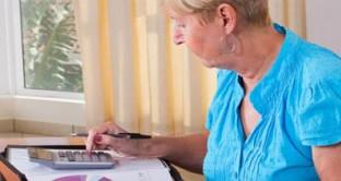 """Aumento pensione, chi ha perso il coniuge ed è  """"inabile al proficuo lavoro"""" ha diritto a un assegno di 52,91 euro al mese e 3.400 euro di arretrati."""