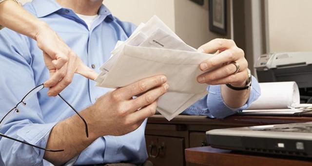 Proseguono le segnalazioni di pensionati che hanno ricevuto lettere Inps con richieste di restituzione di importi versati per sbaglio. Scoppia lo scandalo: le cifre vanno restituite o si tratta di una richiesta indebita?
