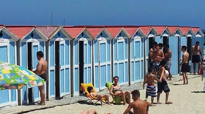 Multe estate 2017 divieti in spiaggia nuovi da conoscere for Planimetrie della cabina della spiaggia