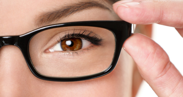 Quando l'acquisto degli occhiali è a carico del datore di lavoro e non del dipendente?