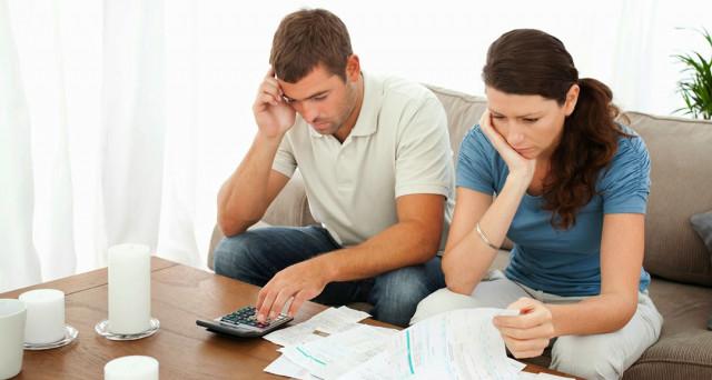 Aumentano le separazioni fittizie per ridurre le tasse: ecco come fanno e quali sono i vantaggi.
